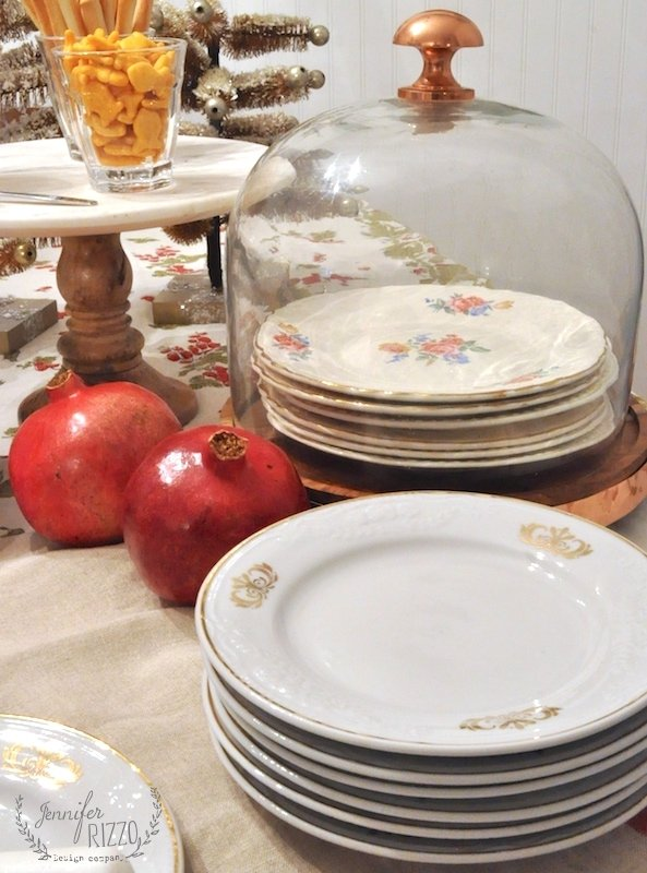 Vintage dessert plates for appetizer serving #partyideas