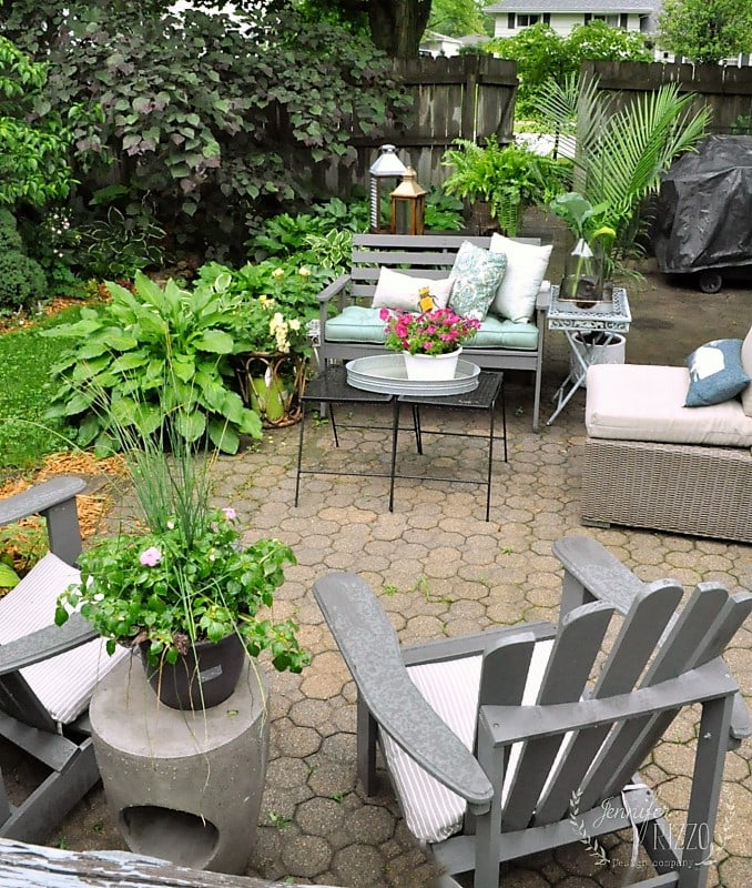 Create outdoor entertaining areas
