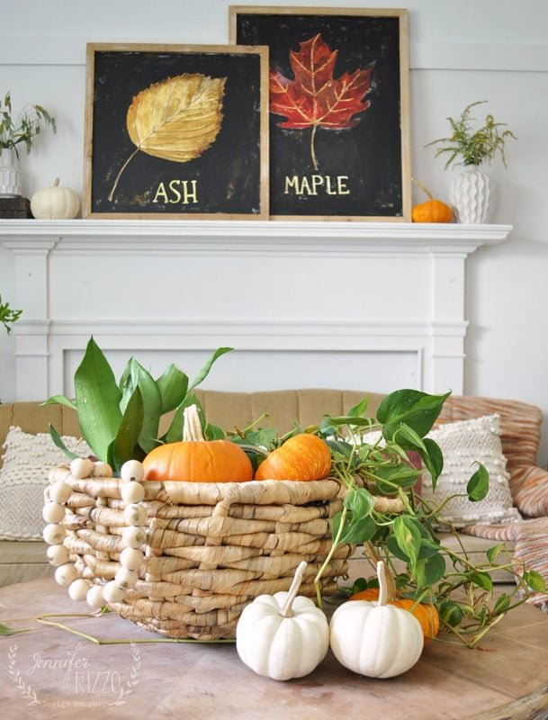 Fall living room simple decor ideas with pumpkins