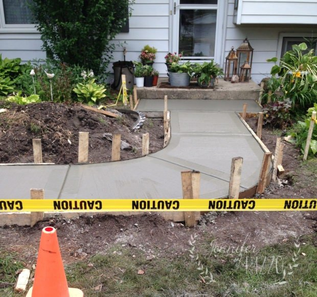 New concrete front walk