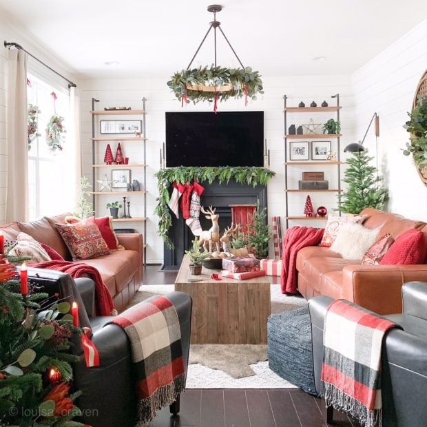 Holiday cottage living room decor