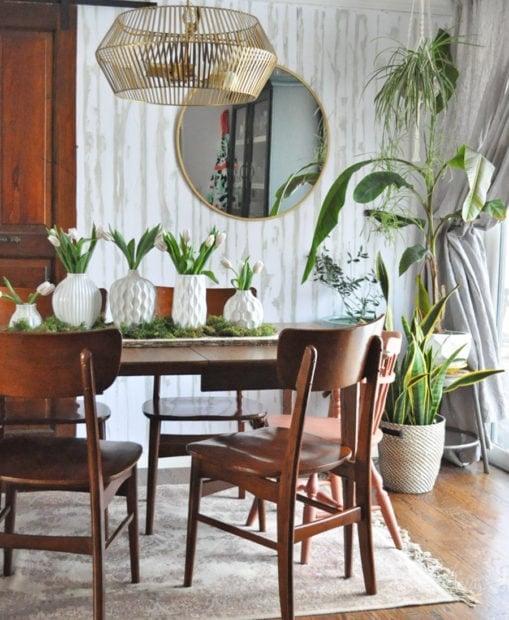 Modern boho dining room decor with plants