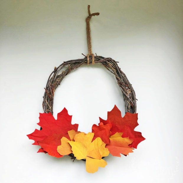 Make a DIY paper leaf wreath for Fall Decorating for Free!