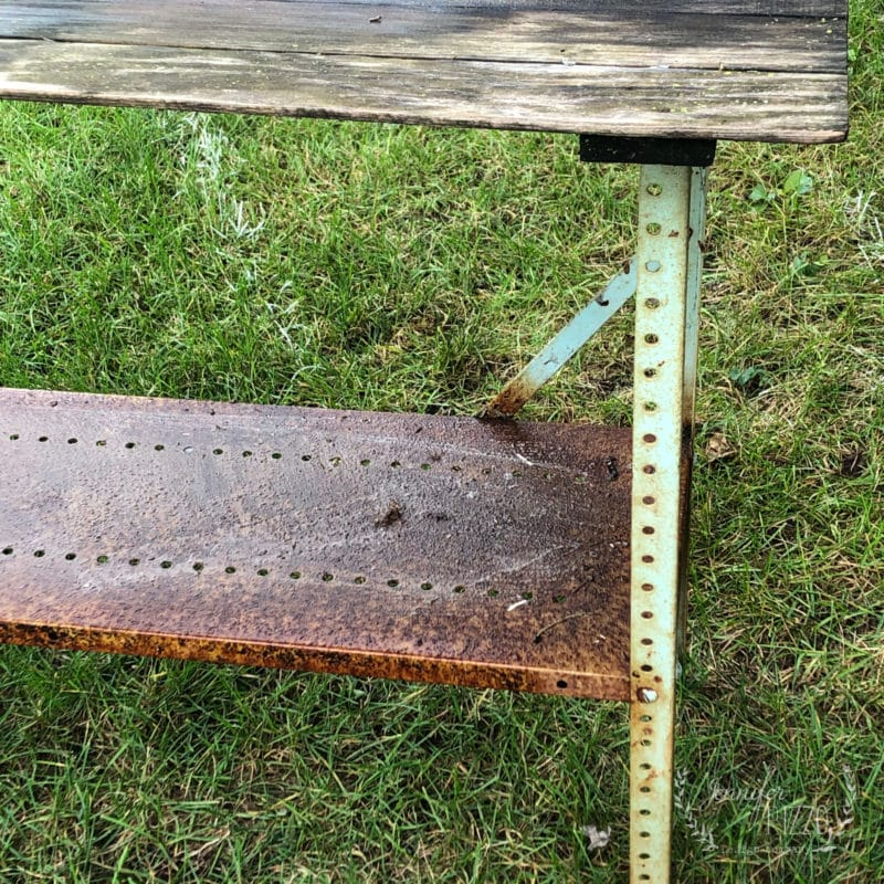 Old metal work bench makeover
