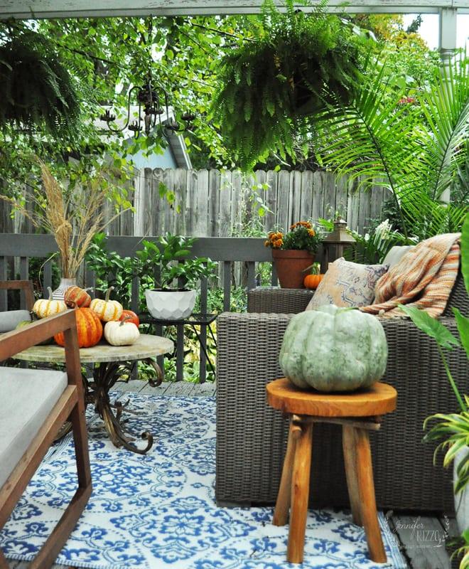 Outdoor Fall Deck Decor