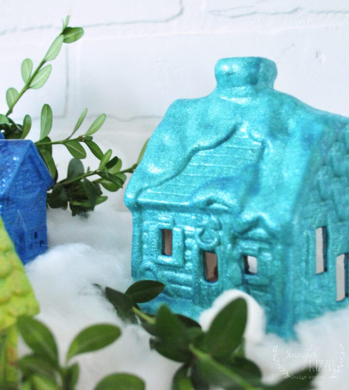 Ceramic Christmas house with glittery paint