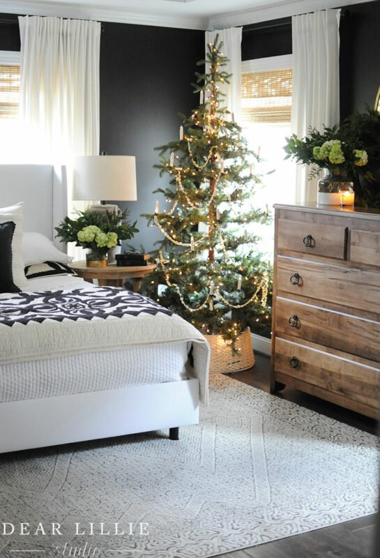Dear Lillie Holiday Bedroom Jennifer Rizzo's Holiday Housewalk 2019