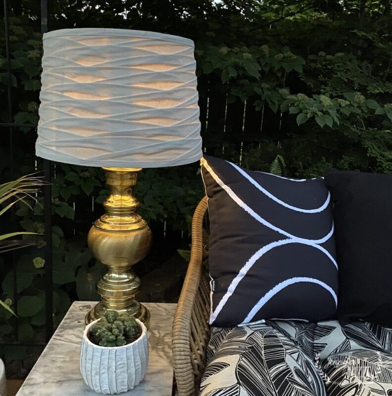 DIY solar powered lamp