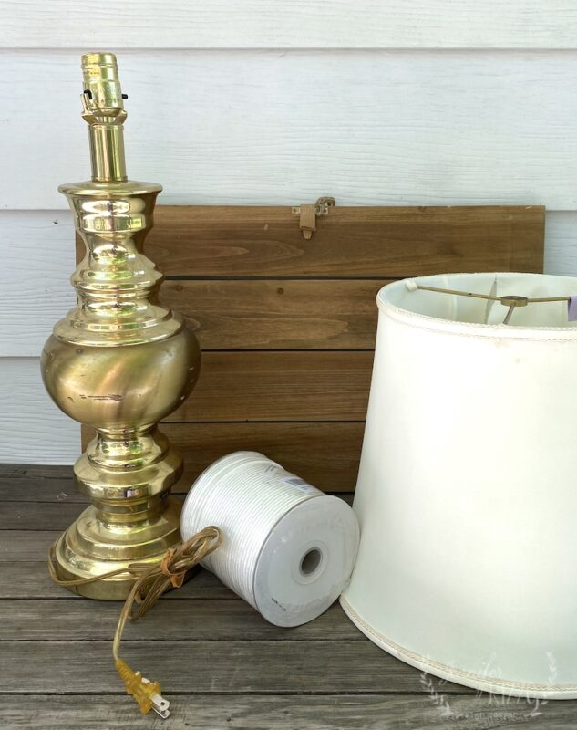 Old brass lamp to turn into a DIY solar powered lamp
