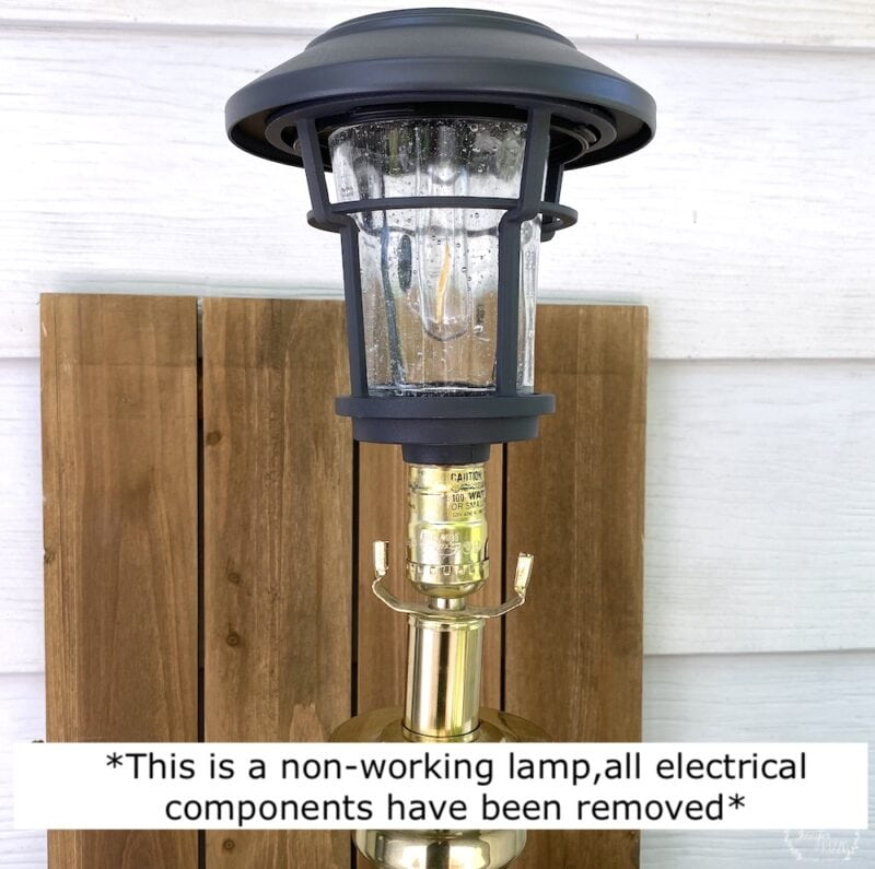 Make a DIY solar powered lamp with old non-working lamp and solar light