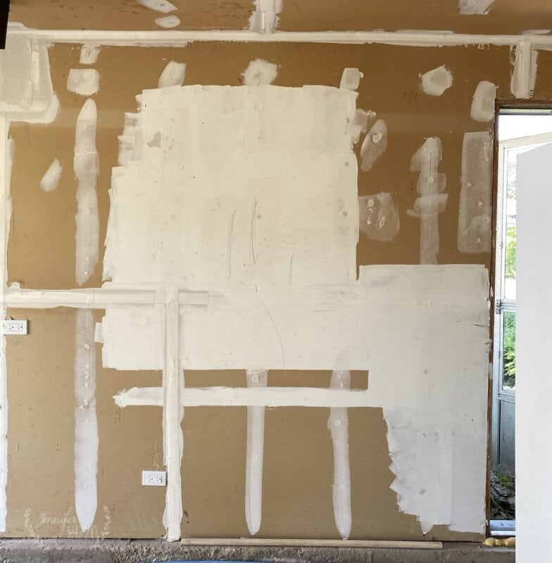 Drywall mud and tape