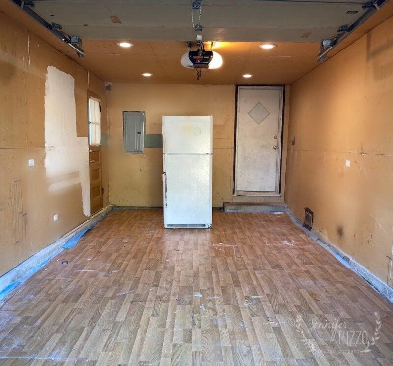 Garage walls before mudding and taping