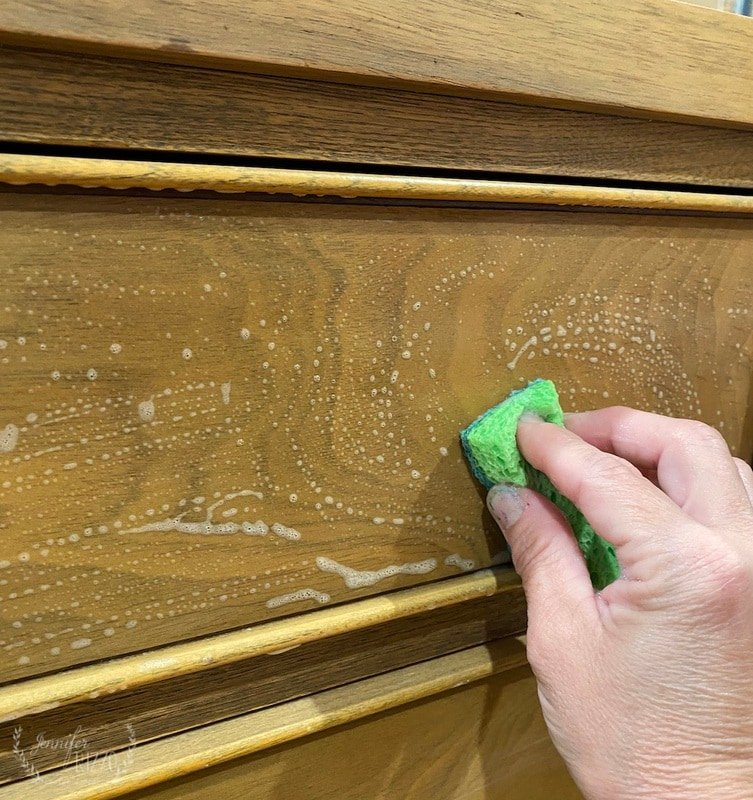 The Best Way to Get Smoky Smells off of Wood Furniture