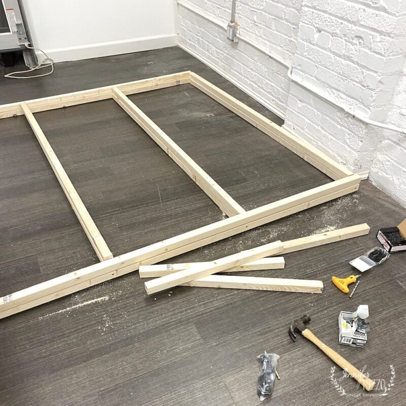 Building a shelving frame  with 2 x 2's