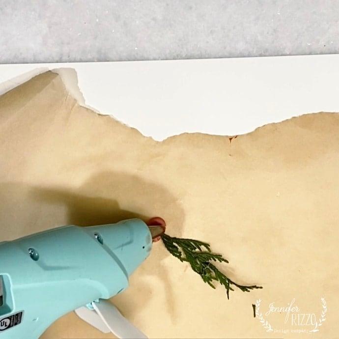 Making a wax seal with Sealing wax gun