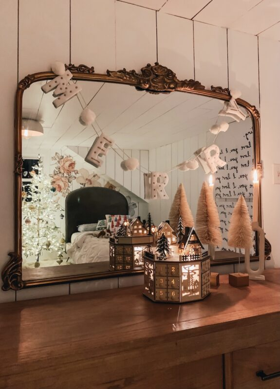 Kindred vintage Mirror