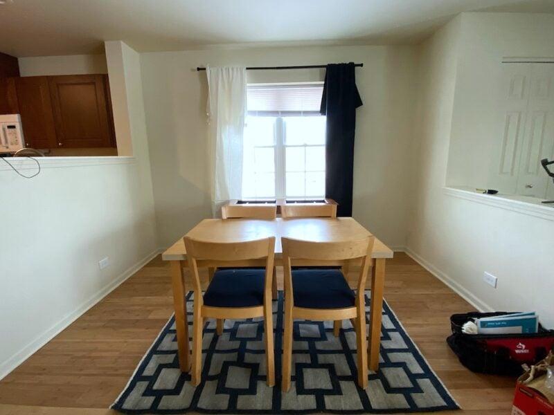 Small dining room layout idea