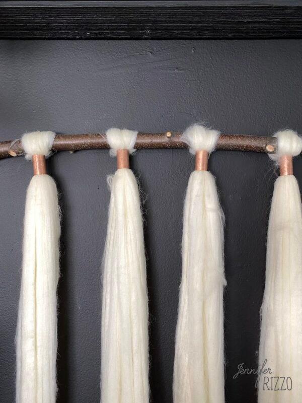 Ponytail wool roving yarn hanging